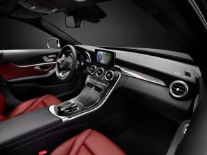 2014 Mercedes-Benz C Class Reveals Some Tricks Up Its Sleeve: