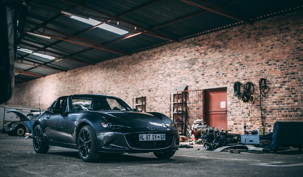 Review – Mazda MX-5 Retractable Fastback